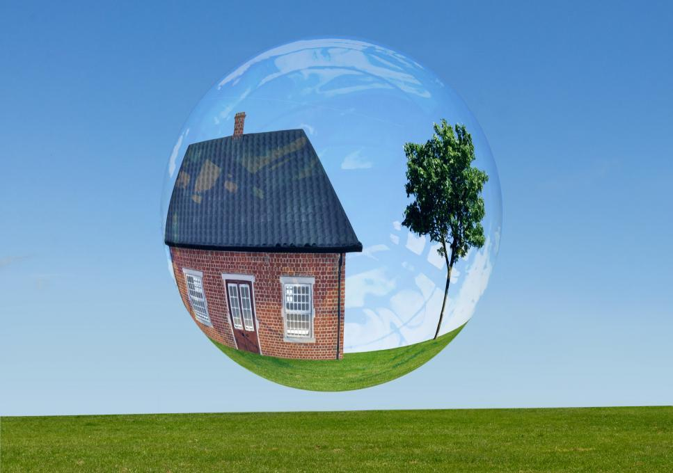 Bank of Canada says it's premature to talk of a housing bubble